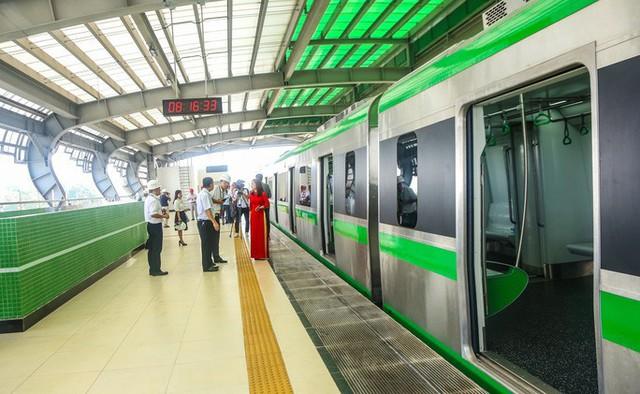 Cận cảnh đường sắt Cát Linh-Hà Đông tiến độ kiểu rùa bò hơn thập kỷ  - Ảnh 20.