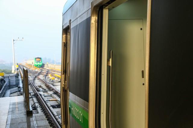 Cận cảnh đường sắt Cát Linh-Hà Đông tiến độ kiểu rùa bò hơn thập kỷ  - Ảnh 23.