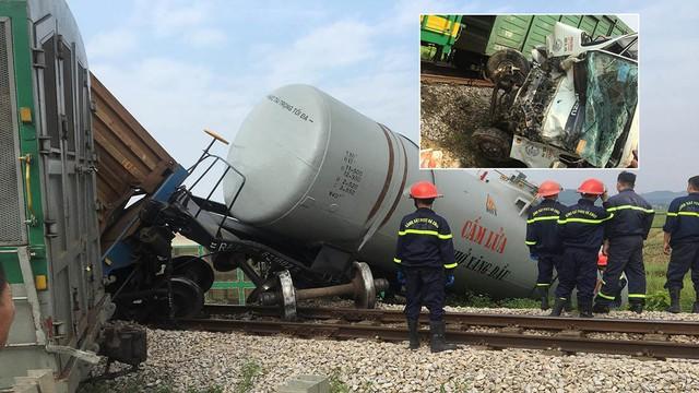 Xe tải vượt đường sắt, tàu hỏa chở hàng đứt khúc la liệt ở Nghệ An - Ảnh 9.