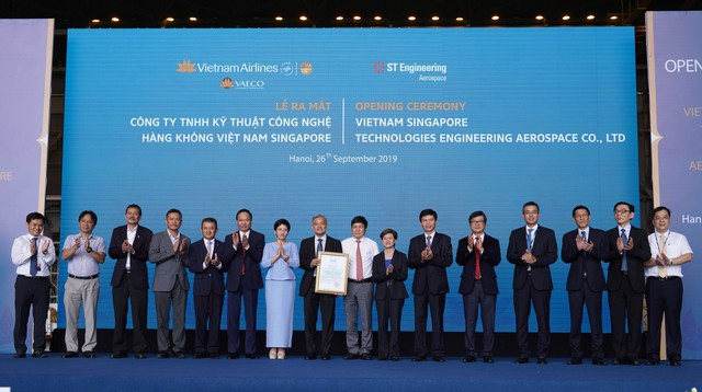 Bước đi chiến lược mới của Vietnam Airlines: Bắt tay với Aerospace tiến sâu vào thị trường sửa chữa, bảo dưỡng máy bay - Ảnh 1.