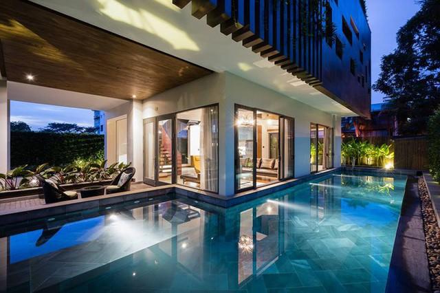 Biệt thự với mặt tiền xanh mướt, có bể bơi đẹp ngắm mãi không chán - Ảnh 4.