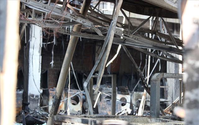 Hải Phòng: Hỏa hoạn thiêu rụi, siêu thị điện máy Hoàng Gia trơ khung - Ảnh 6.
