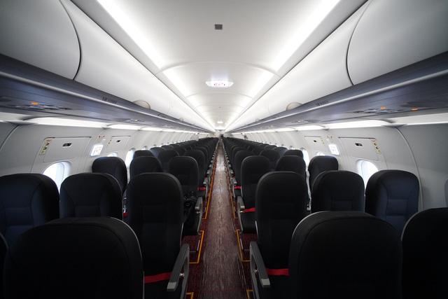 Vietjet khai thác tàu bay A321neo ACF 240 chỗ đầu tiên trên thế giới - Ảnh 1.