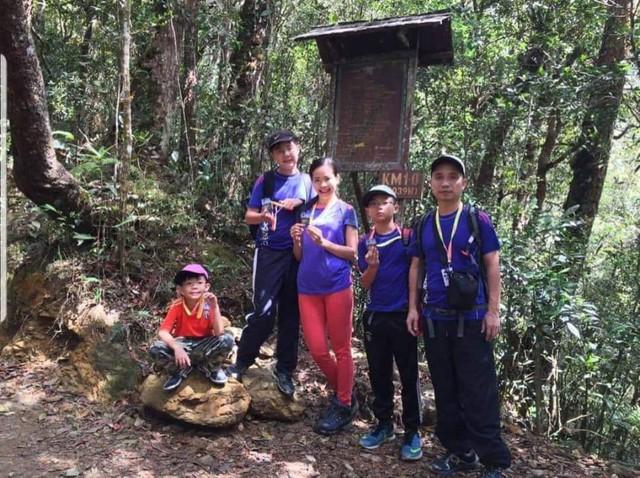 Bà mẹ Hà Nội dạy con theo kiểu nhà binh: Sáng điểm tâm nhẹ bằng 10km chạy bộ, trời rét vẫn tắm nước lạnh - Ảnh 5.