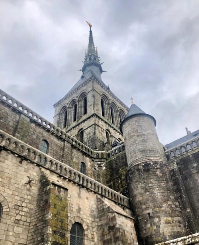 Hòn đảo cổ tích Mont Saint Michel: Hot không thua kém gì tháp Eiffel, thuộc top 3 địa điểm check-in ảo diệu nhất tại Pháp - Ảnh 8.