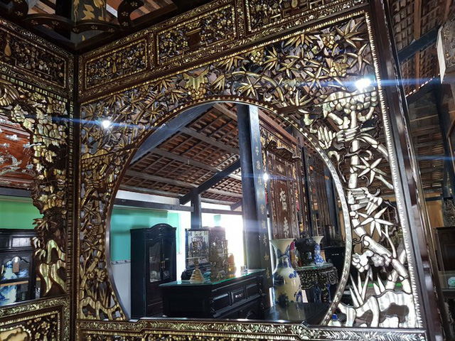Độc đáo chiếc giường cổ có giá bạc tỷ ở Đồng Tháp - Ảnh 3.