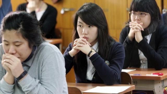 Đằng sau một Hàn Quốc phát triển là sự kỳ vọng của xã hội giết chết ước mơ của con người, tỷ lệ tự tử cao bậc nhất thế giới - Ảnh 5.