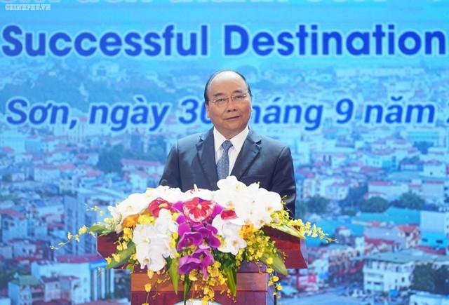 Thủ tướng: Làm sao để mỗi khách du lịch đến Lạng Sơn phải mua 1 con vịt quay mang về - Ảnh 1.