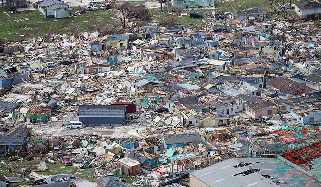 Bahamas hoang tàn như tận thế sau siêu bão quái vật Dorian, 20 người th.iệt m.ạng - Ảnh 1.