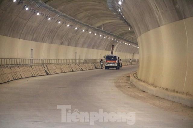 Đột kích hầm đôi gần 1.500 tỷ trên cao tốc La Sơn – Túy Loan - Ảnh 5.