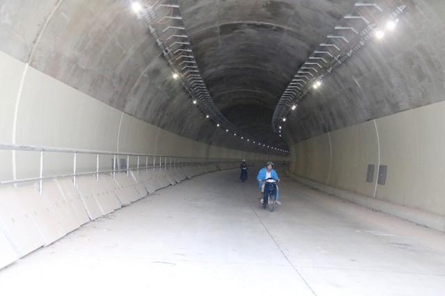 Đột kích hầm đôi gần 1.500 tỷ trên cao tốc La Sơn – Túy Loan - Ảnh 6.