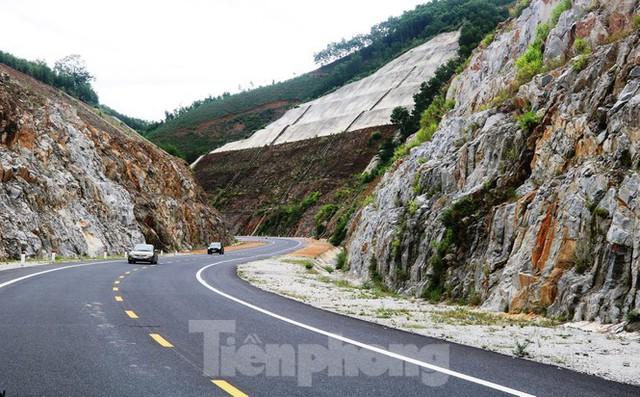 Đột kích hầm đôi gần 1.500 tỷ trên cao tốc La Sơn – Túy Loan - Ảnh 10.
