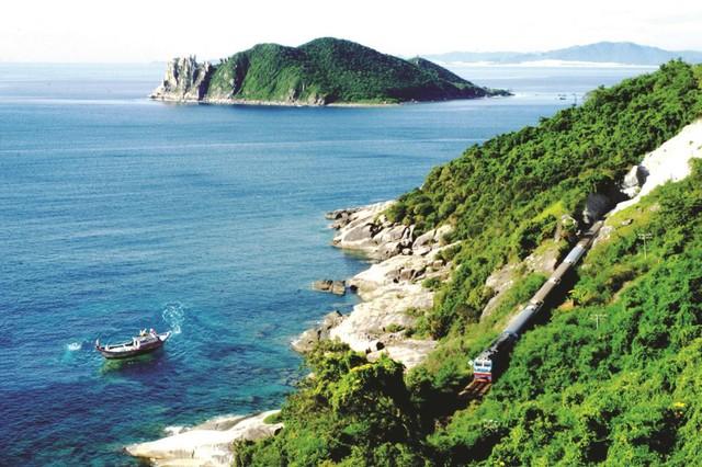 Đẩy mạnh đầu tư bất động sản nghỉ dưỡng, Vinaconex chi 2.105 tỷ đồng triển khai khu condotel resort tại Phú Yên - Ảnh 1.