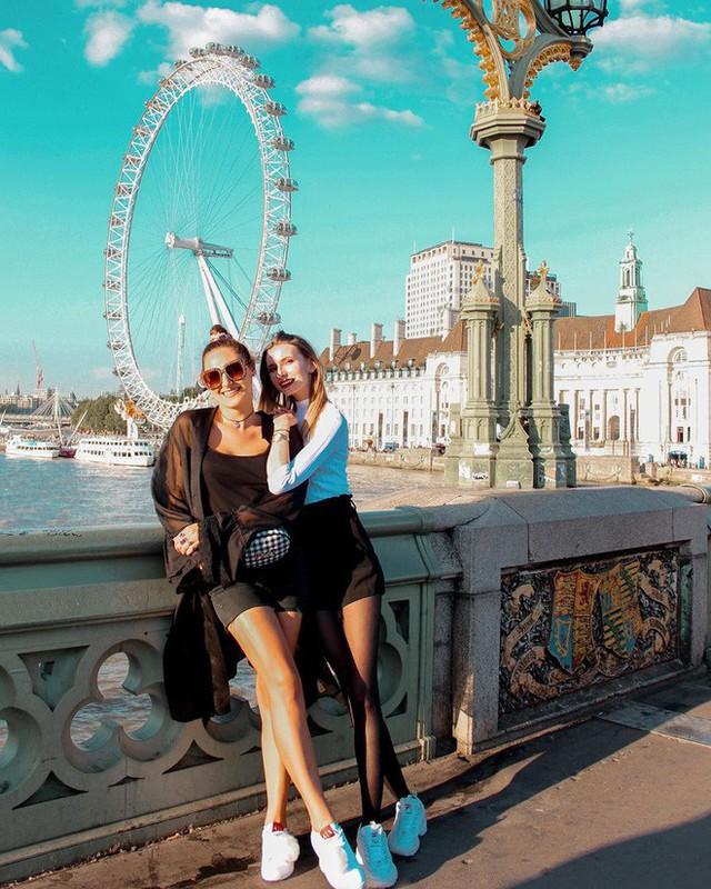 Những địa điểm được check-in nhiều nhất trên Instagram: Tháp Eiffel dẫn đầu với gần 6 triệu hashtag - a15