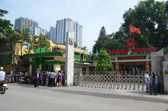 Vụ cháy Công ty Rạng Đông: Người dân nói không tin Sở TN&MT Hà Nội, không tin quận Thanh Xuân - Ảnh 2.