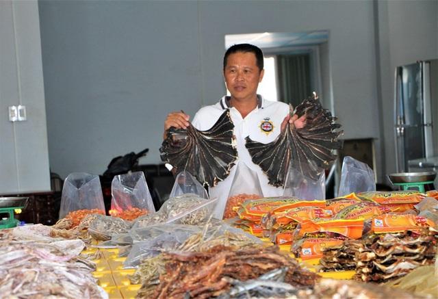 [Photo] Làng khô xứ biển Trần Đề chuẩn bị nguồn hàng phục vụ Tết - Ảnh 4.