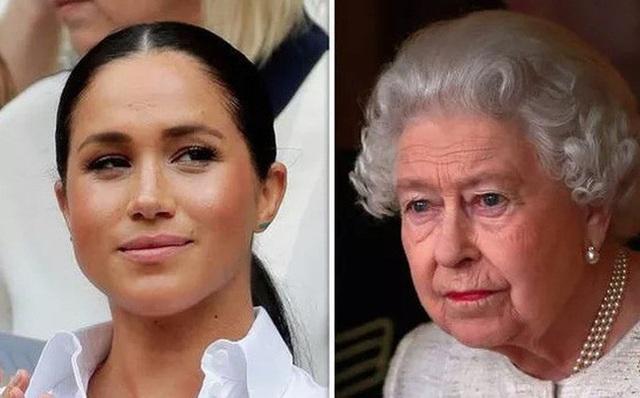 Meghan Markle coi thường gia đình nhà chồng: Rục rịch ký kết các hợp đồng béo bở, bất chấp việc Nữ hoàng Anh chưa đưa ra quyết định cuối cùng  - Ảnh 2.