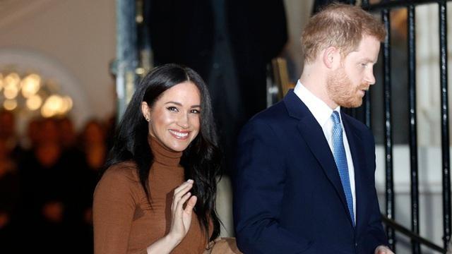 Cú sốc hoàng gia tiếp theo: Meghan Markle có thể sẽ không bao giờ quay lại Anh, tuyệt giao với gia đình chồng bởi dấu hiệu bất thường này  - Ảnh 2.