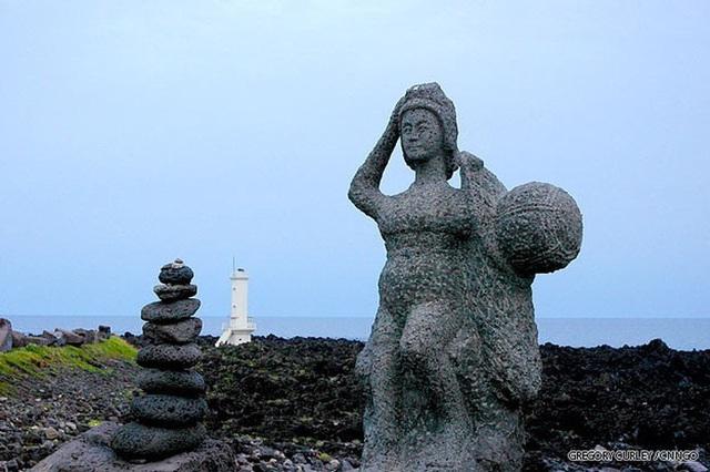 Câu chuyện cực ngầu về những nàng tiên cá 70 tuổi cuối cùng trên đảo Jeju - Ảnh 13.