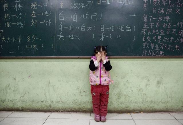 Cái giá phải trả của cặp đôi Trung Quốc khi dám sinh đứa con thứ 3: Cả vợ chồng cùng mất việc và ngày đêm tìm lại công lý trong vô vọng - Ảnh 6.