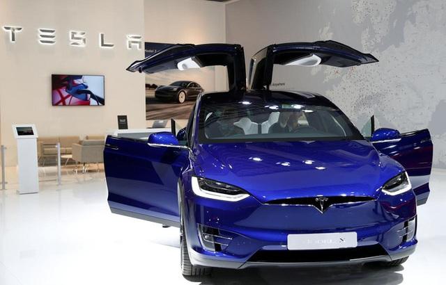 Doanh số không bằng 20% nhưng Tesla đã vượt mặt Volkswagen để trở thành hãng ô tô giá trị thứ hai thế giới - Ảnh 1.