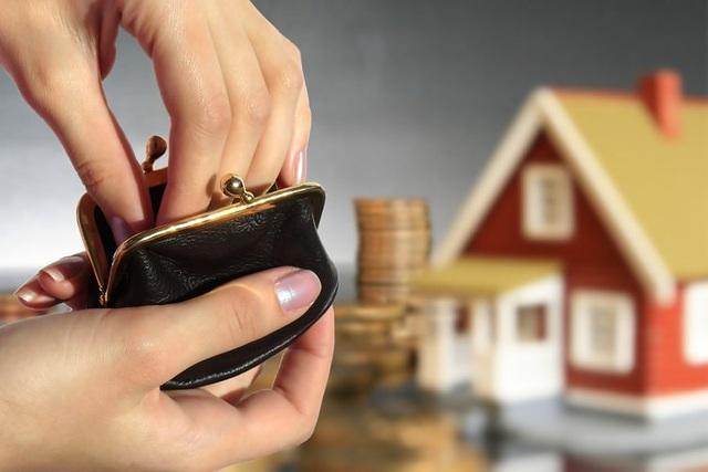 Để mua được nhà là điều vô cùng khó khăn đối với các cặp vợ chồng trẻ đô thị. Ảnh: Minh họa
