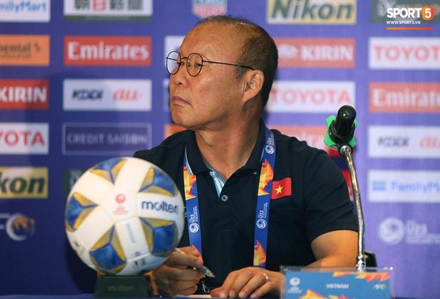 Họp báo VCK U23 châu Á 2020, Việt Nam vs UAE: Những sắc thái đặc biệt tạo nên thương hiệu của chiến lược gia Park Hang-seo  - Ảnh 13.