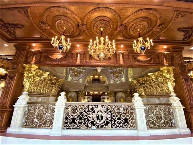 Cận cảnh bên trong tòa lâu đài dát vàng nghìn tỷ của đại gia Ninh Bình - Ảnh 8.