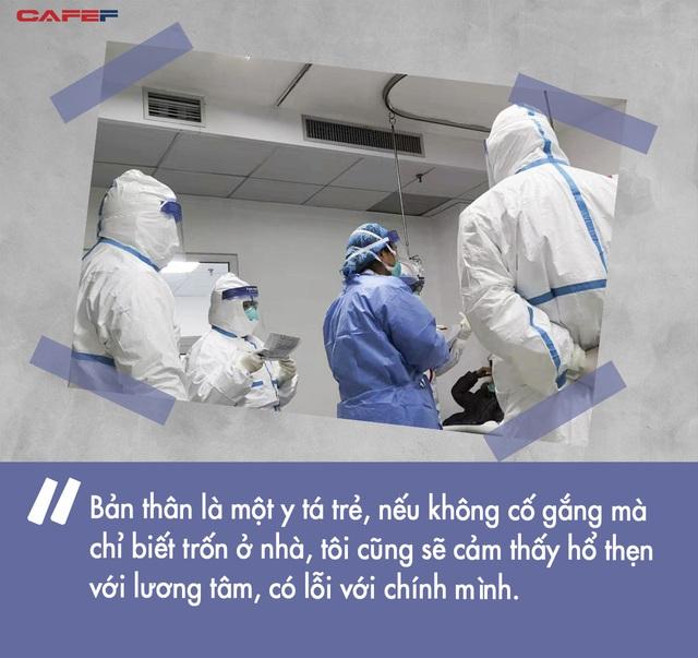 10 ngày chiến đấu sống còn với virus corona của nữ y tá giữa tâm dịch Vũ Hán: Làm quần quật 8 tiếng không kịp ăn bữa cơm, đau đớn nhìn từng đồng nghiệp gục ngã - Ảnh 4.