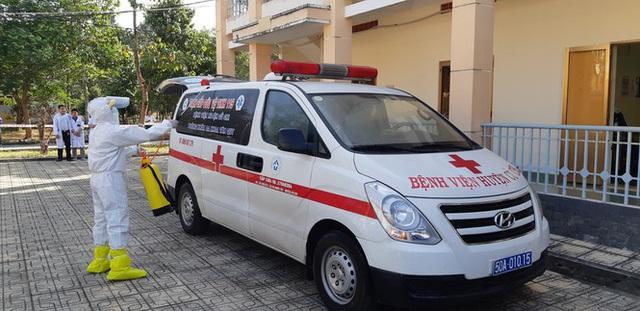 Cận cảnh Bệnh viện dã chiến TPHCM đi vào hoạt động - Ảnh 5.