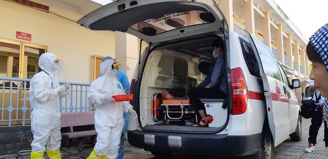 Cận cảnh Bệnh viện dã chiến TPHCM đi vào hoạt động - Ảnh 10.