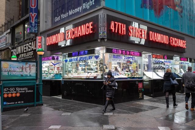 Bí ẩn con phố 47 giữa lòng New York - nơi những giao dịch kim cương cả trăm ngàn USD được chốt dựa trên lòng tin và những cú bắt tay suốt 200 năm qua - Ảnh 5.