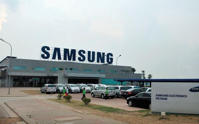 Báo Nhật viết gì về việc gián đoạn chuỗi cung ứng smartphone và hành động của Samsung tại Việt Nam? - Ảnh 1.