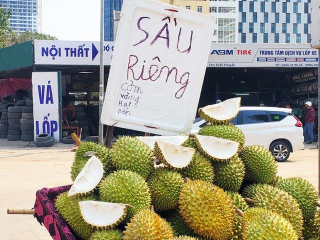 14 tấn sầu riêng về Hà Nội: Treo biển kêu gọi giải cứu, bán theo combo đồng giá 450.000 đồng/8kg - Ảnh 10.