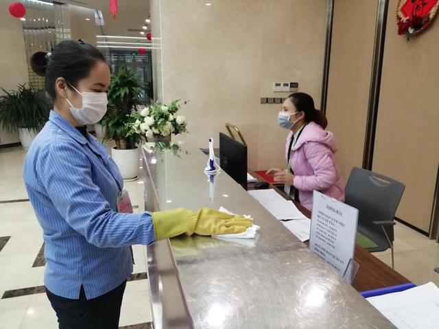 Hàng loạt chung cư lo đối phó virus Corona - Ảnh 1.