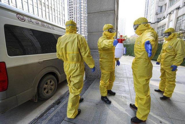 Virus corona: Thêm 45 người chết, 1.921 ca nhiễm mới tại Hồ Bắc  - Ảnh 2.