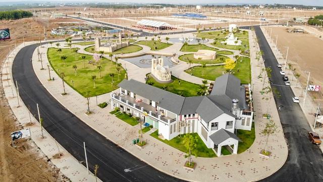 Nhiều dự án bất động sản quy mô lớn xuất hiện ở Bình Phước - Ảnh 2.