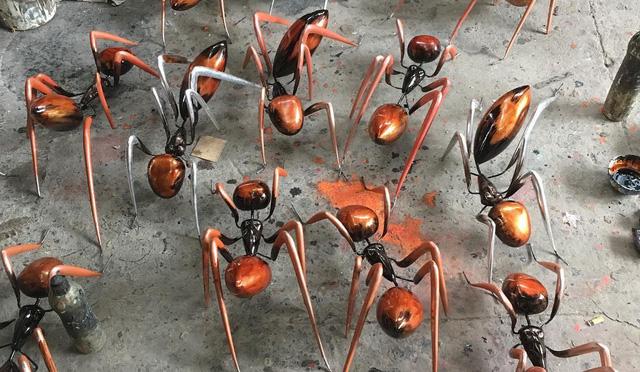 """Nghệ sĩ điêu khắc Đinh Công Đạt: """"Tôi từng cao ngạo nói, khách của Đạt rồ này không biết tiếng Việt vì toàn Tây"""" - Ảnh 11."""