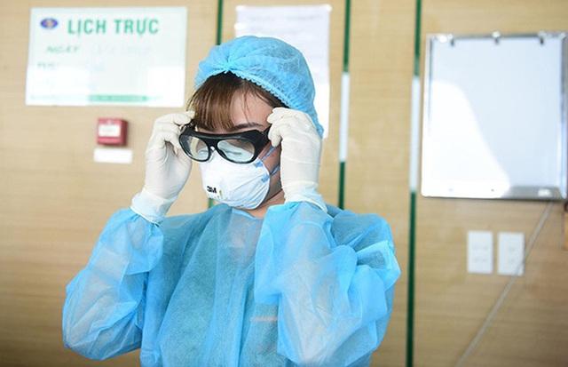 Virus corona mới có thể lây truyền qua khí dung: Chuyên gia hóa học phân tích chi tiết các vấn đề mọi người cần nắm rõ - Ảnh 1.
