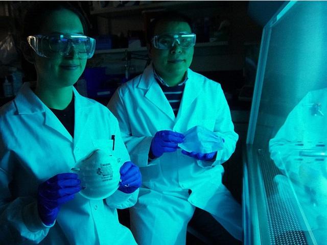 Các nhà khoa học Canada công bố tìm ra một loại mặt nạ mới có chức năng TIÊU DIỆT virus corona thay vì chỉ ngăn chặn chúng xâm nhập vào cơ thể - Ảnh 2.