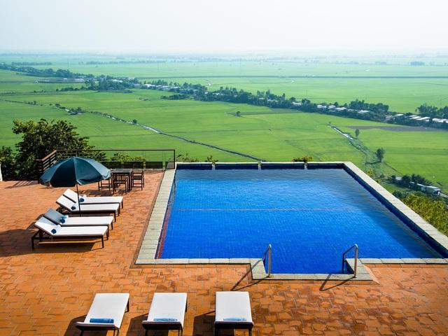 4 homestay có bể bơi vô cực độc đáo, nằm giữa cánh đồng: Tận hưởng kỳ nghỉ giữa thiên nhiên mộc mạc, trong lành - Ảnh 8.