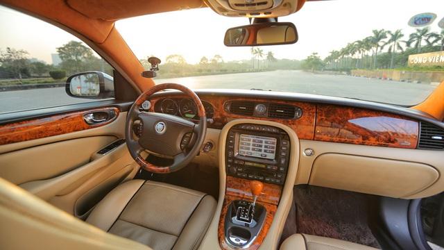 6 bộ phận trên xe ô tô cực dễ hỏng vào mùa nắng nóng - Ảnh 3.