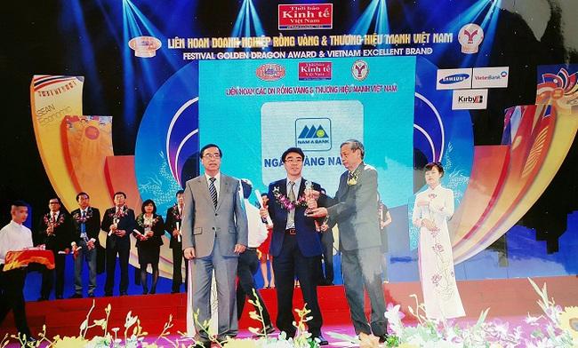 """Nam A Bank được tôn vinh """"Thương hiệu mạnh Việt Nam 2014"""""""
