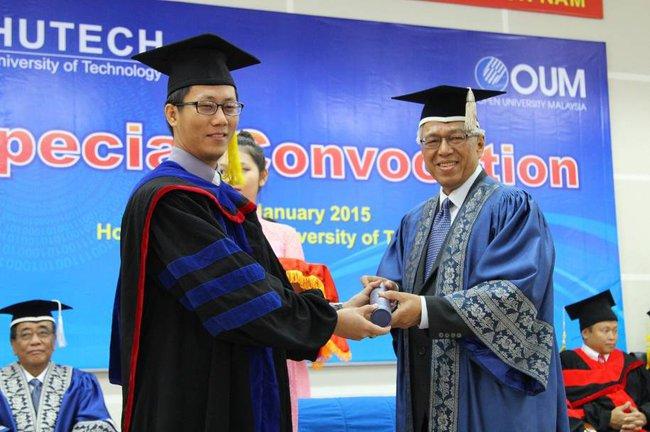 """MBA OUM – """"hộ chiếu"""" để người thành công vươn xa"""