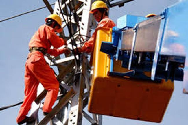 EVN, TKV cam kết không tăng giá điện đến hết năm 2015