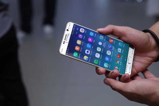 Sở hữu Samsung Galaxy Note 5 trả góp 0% lãi suất tại Viễn Thông A