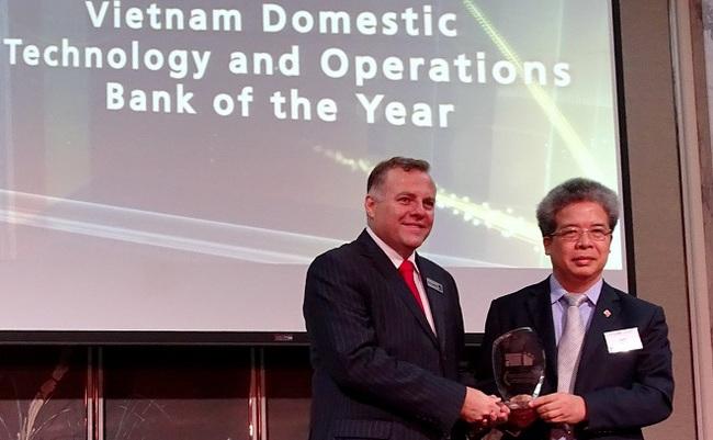 """BIDV nhận giải """"Ngân hàng Việt Nam tốt nhất về Công nghệ và vận hành của năm"""""""