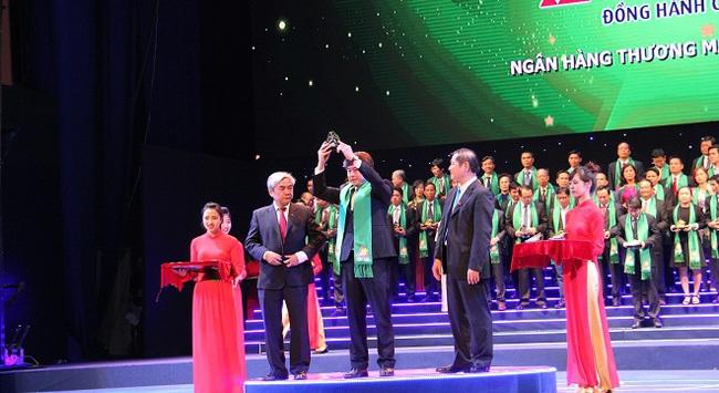 VietABank vinh dự nhận giải thưởng Sao vàng Đất Việt