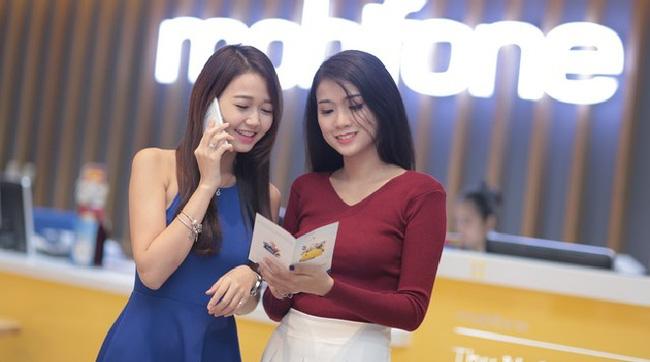 Mobifone khai trương cửa hàng bán lẻ đầu tiên tại Việt Nam