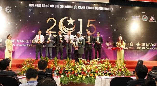Ngân hàng Phương Đông vinh dự nhận danh hiệu Top Brands 2015